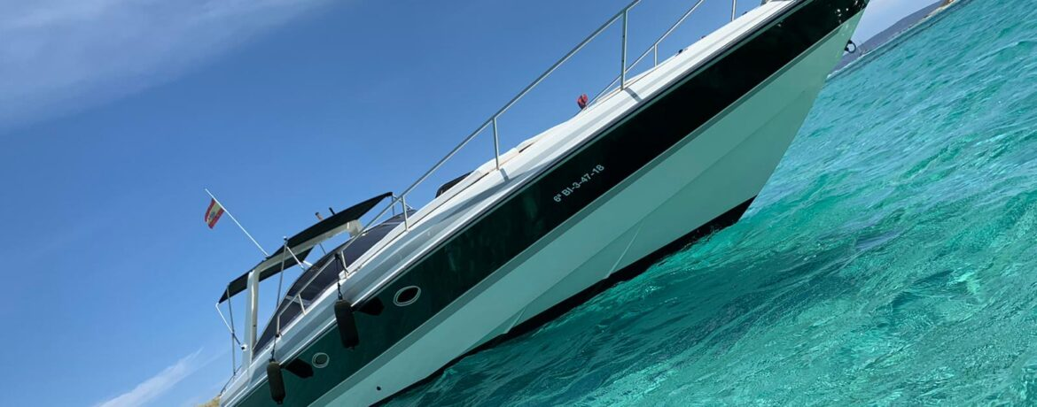 Charter Ibiza Boat for Sale Sunseeker Thunderhawk 43 used boat